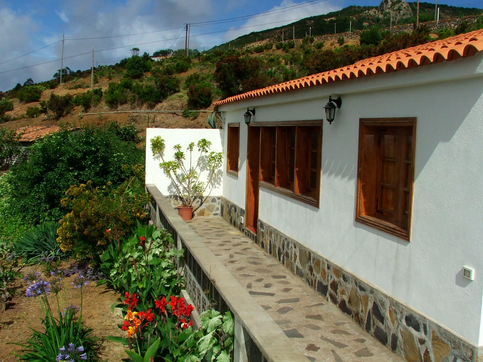 Optimizar el dise o para proteger la casa de humedades - Zocalos de piedra ...