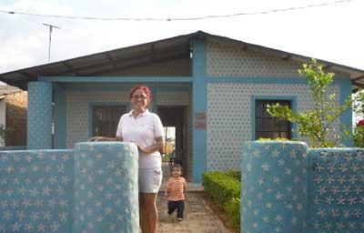 Casas hechas con botellas