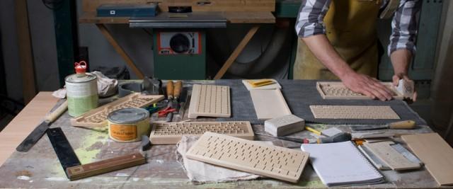 teclado inalámbrico de madera de arce