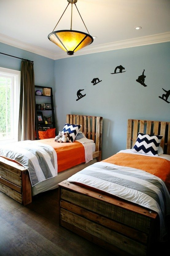 pallet beds with headboard
