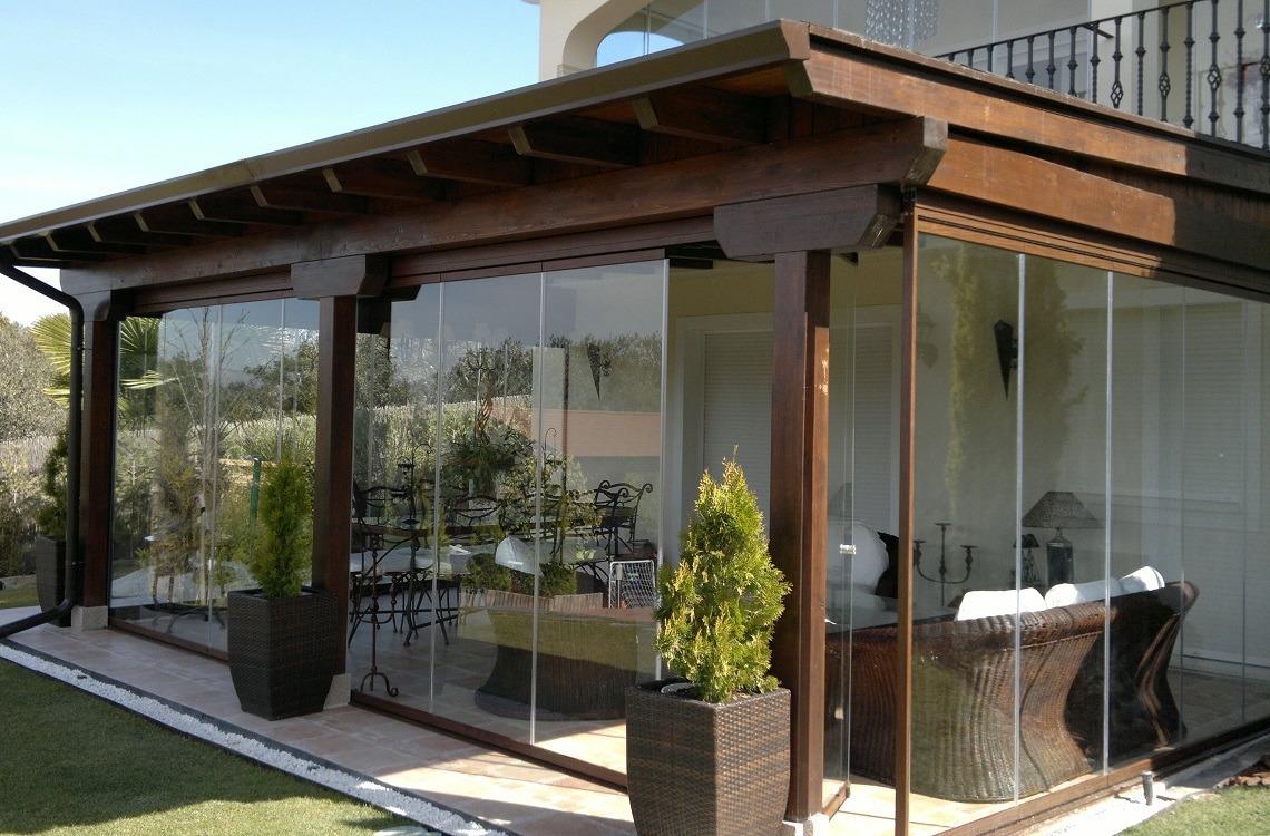 Aumenta el tama o de tu casa con acristalamientos casas - Cortinas para porche exterior ...