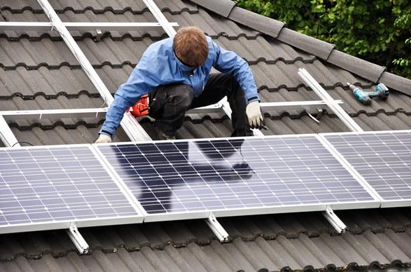 instalación placas solares sobre estructura