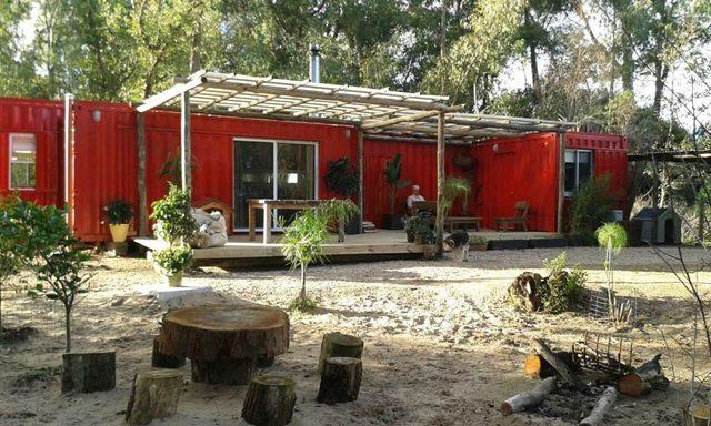 En la imagen: casa prefabricada de contenedores