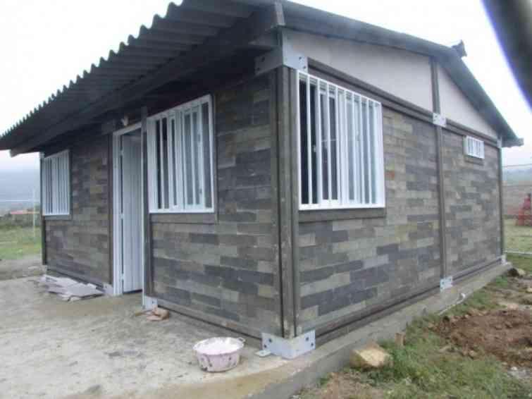 ladrillos de pl stico reciclado para autoconstrucci n