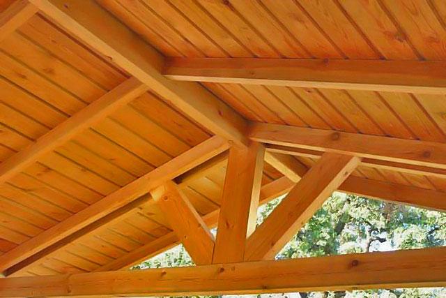 Madera estructural y clases resistentes - Vigas de madera para tejados ...