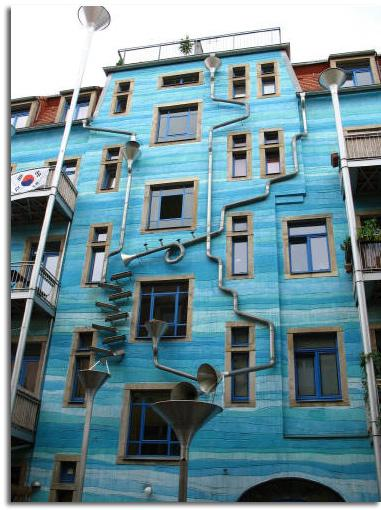 C mo aprovechar el agua de lluvia en nuestras casas for Construccion de casas bioclimaticas
