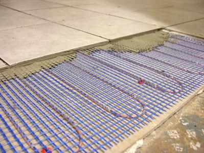 Sistemas de calefacci n radiante casas ecol gicas - Calefaccion por hilo radiante ...