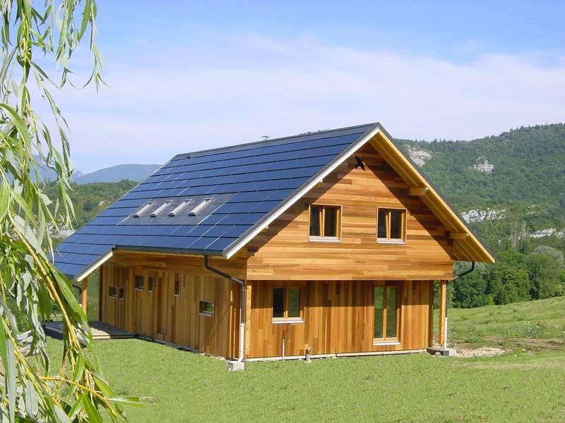 Energ as renovables tiles en casa casas ecol gicas for Cubiertas para casas campestres